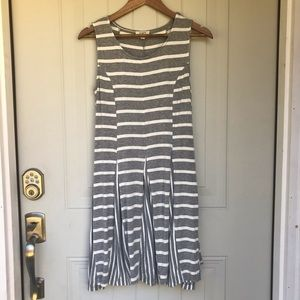 EUC Umgee gray striped tank midi dress sz small